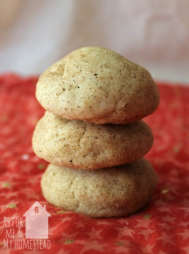 Delicious, soft snickerdoodle cookies that require no chill time!