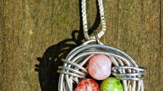 Bird's Nest Wire Necklace Tutorial