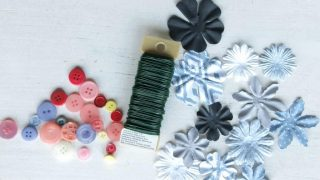 Moms Are Like Buttons Printable & DIY Button Flowers for Mother's Day